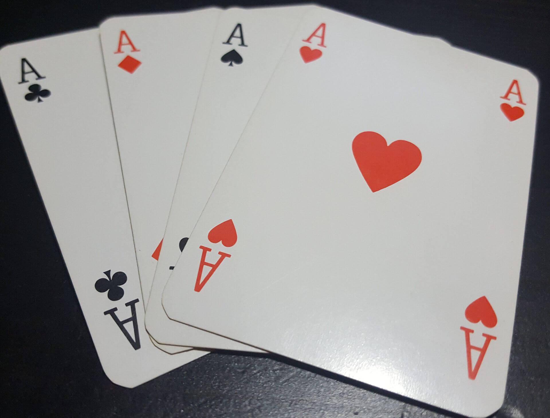 Играть в карты по английски играть в карты законно